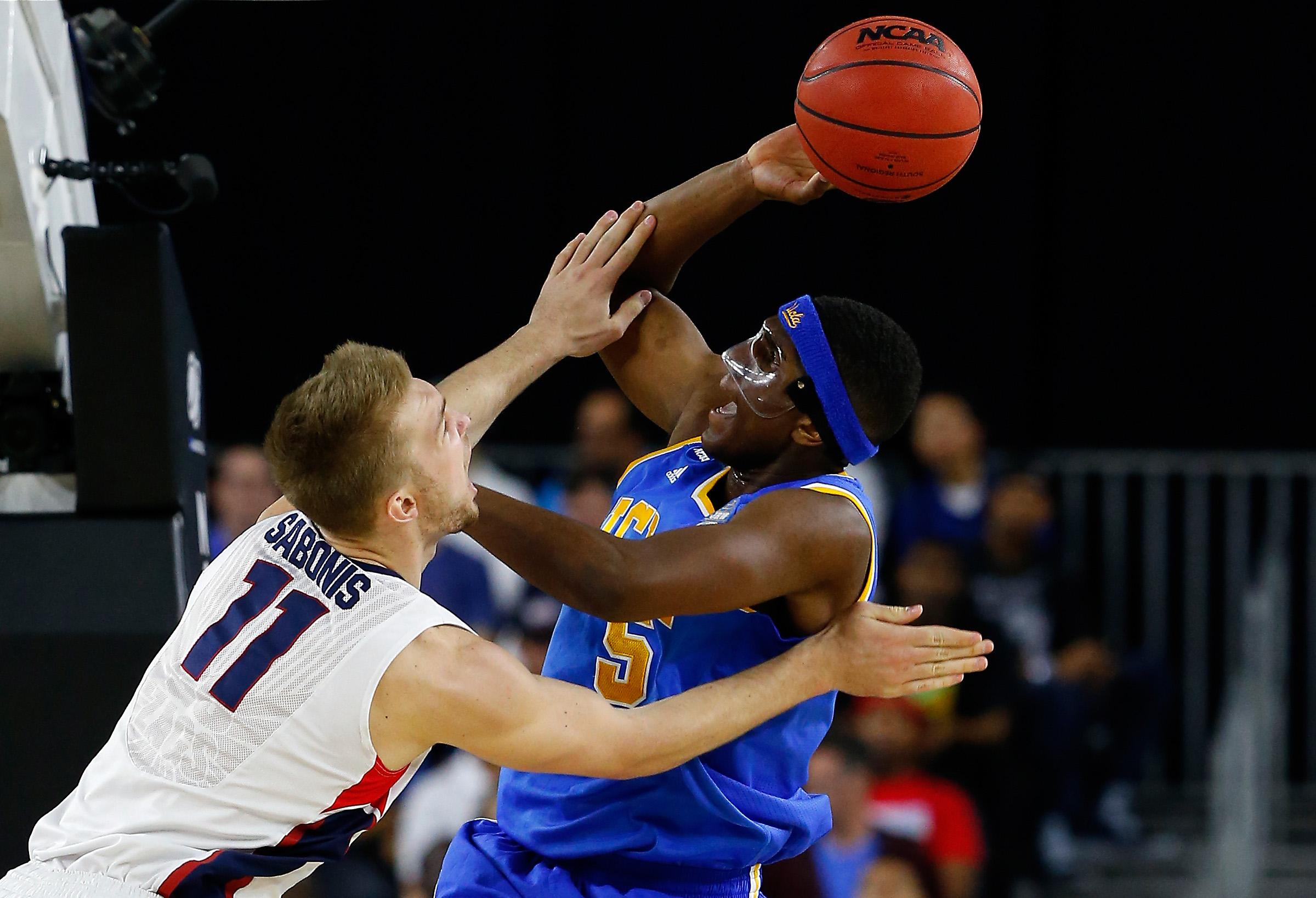 Kevon Looney UCLA