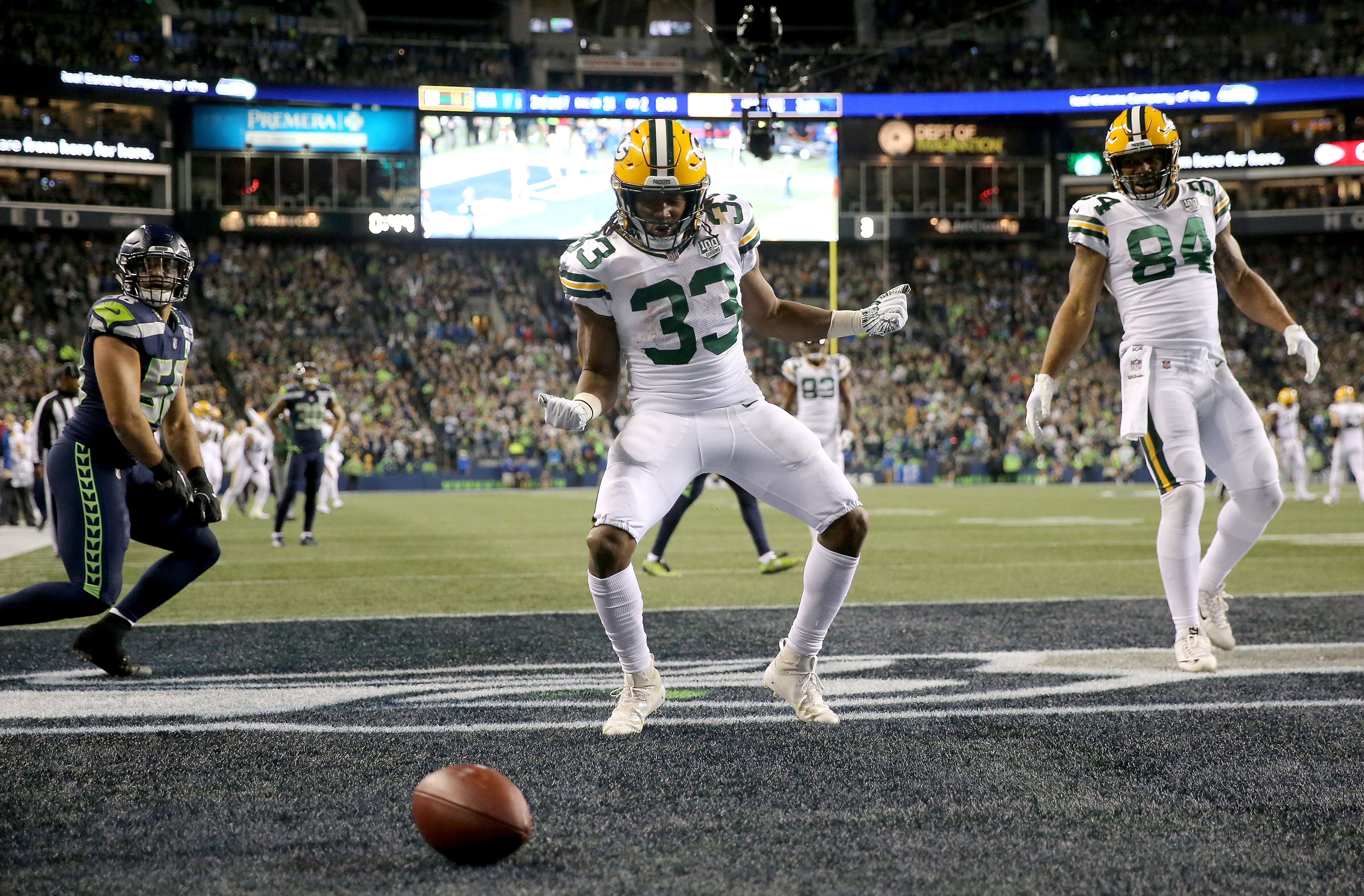 Packers To Wear All White Color Rush Uniforms On Mnf Vs Lions