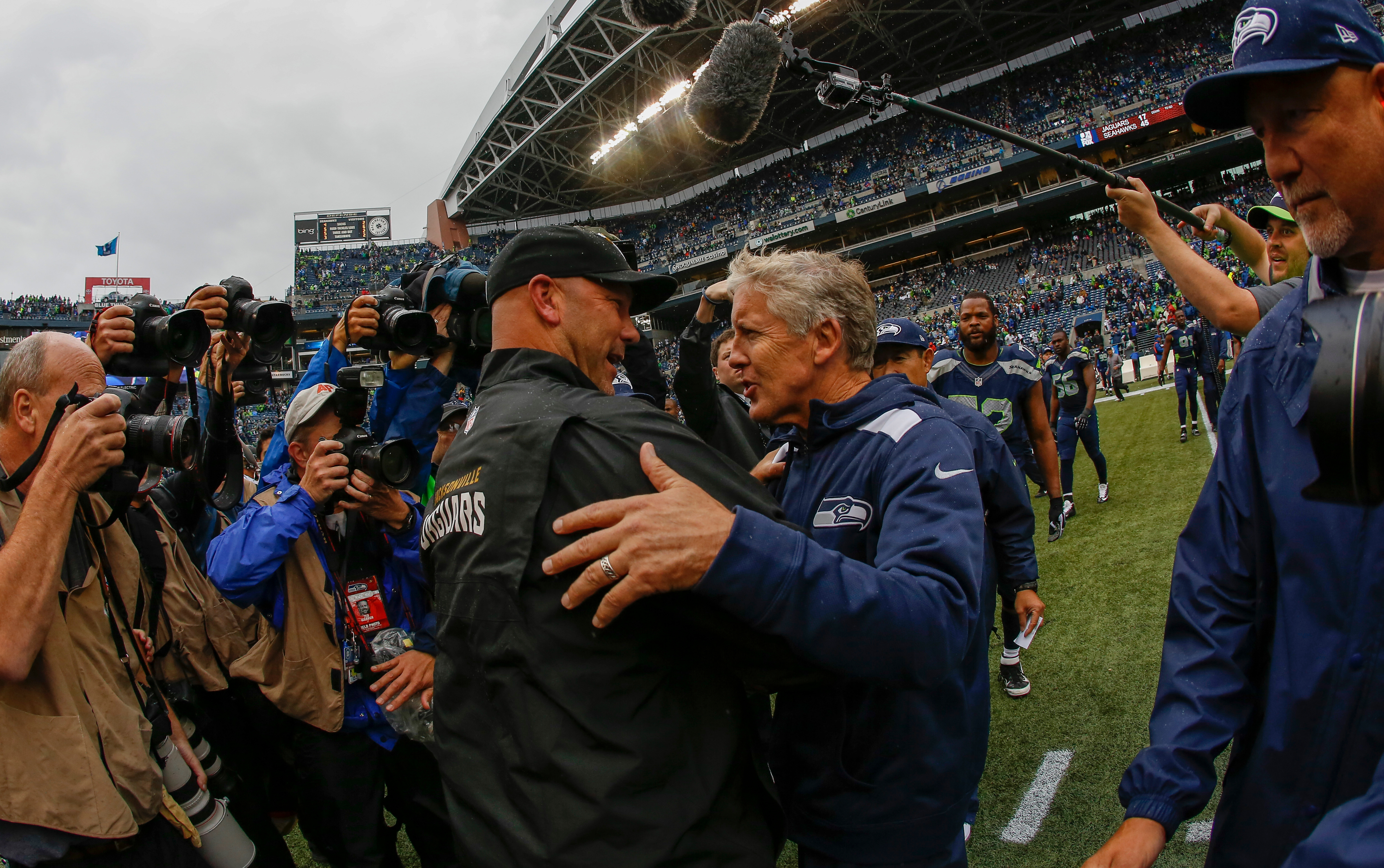 Report: Seahawks interested in reunion with Chargers' Gus ...