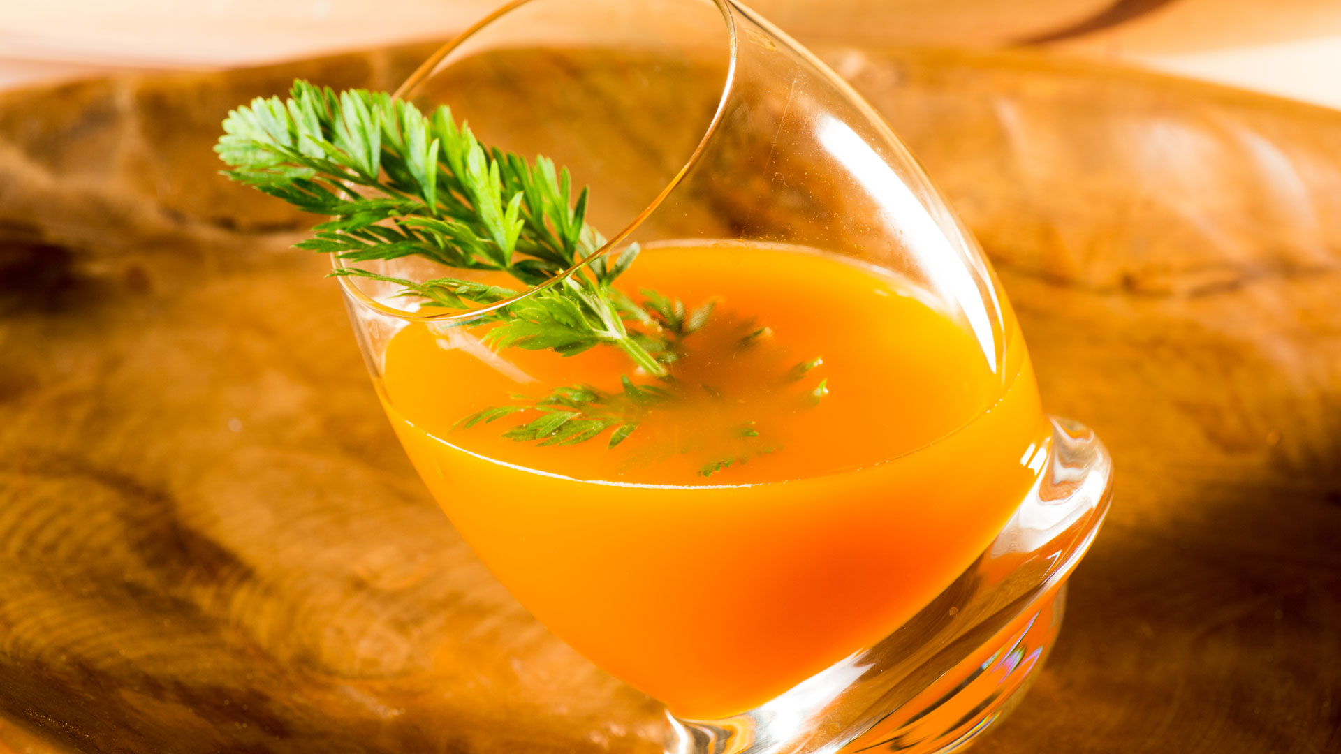 Pour a Kentucky Orange and wait for the taste of Spring! It's got ginger ale, carrot juice, and bourbon–what else do you need?