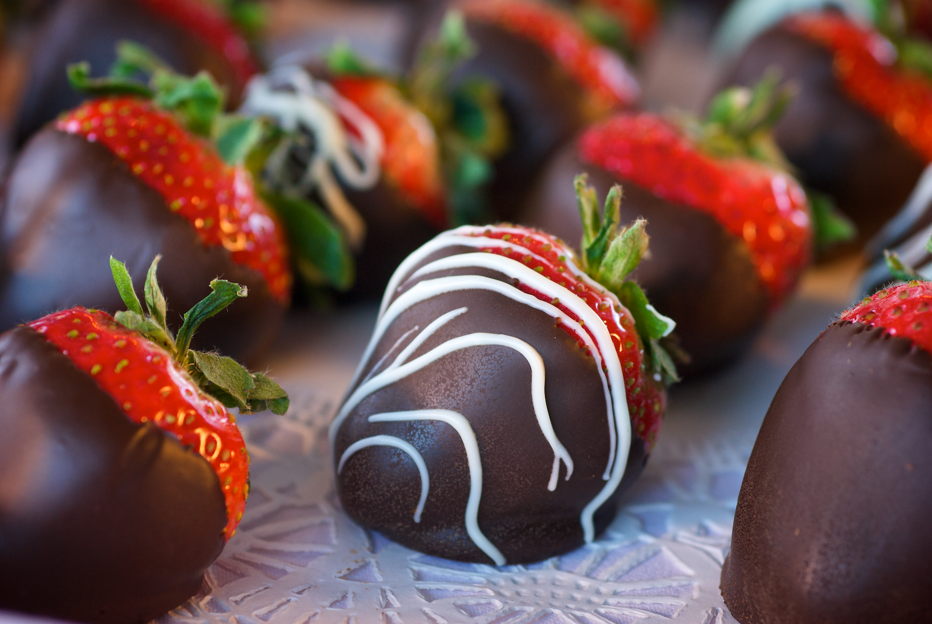 This recipe features the elegant combination of juicy fresh strawberries with rich, luxurious dark chocolate.
