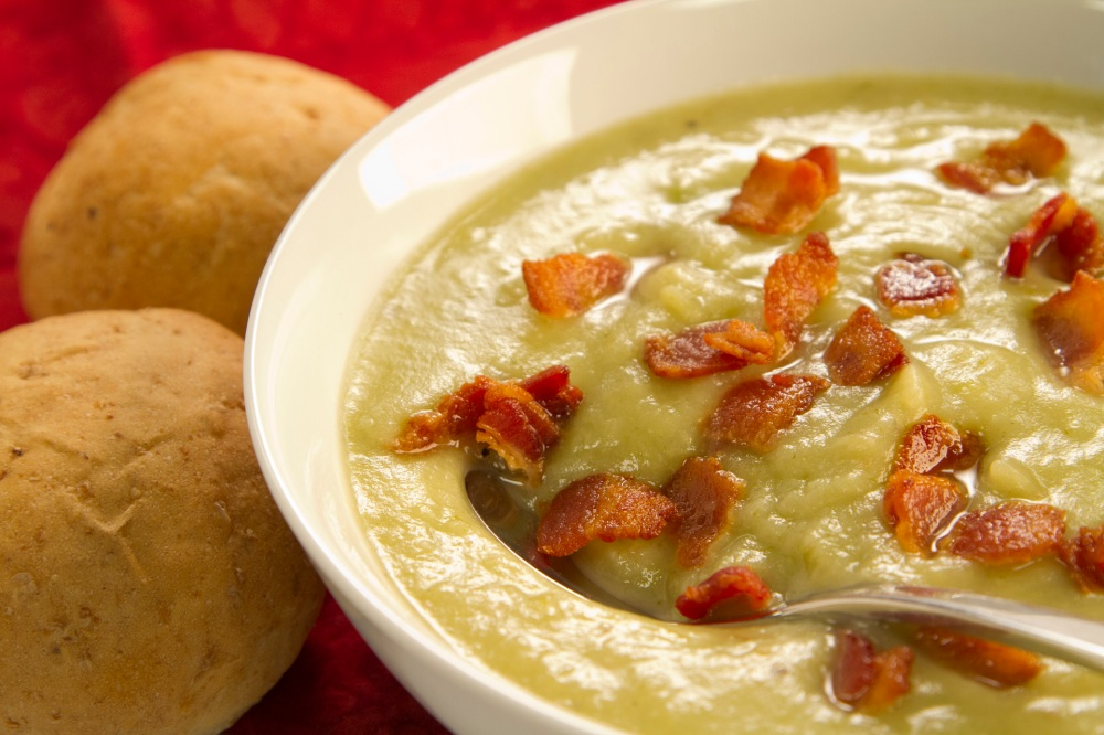 Chef Cari Martens shows you how to make this delicious Potato Leek Soup, that's heavenly with bacon!
