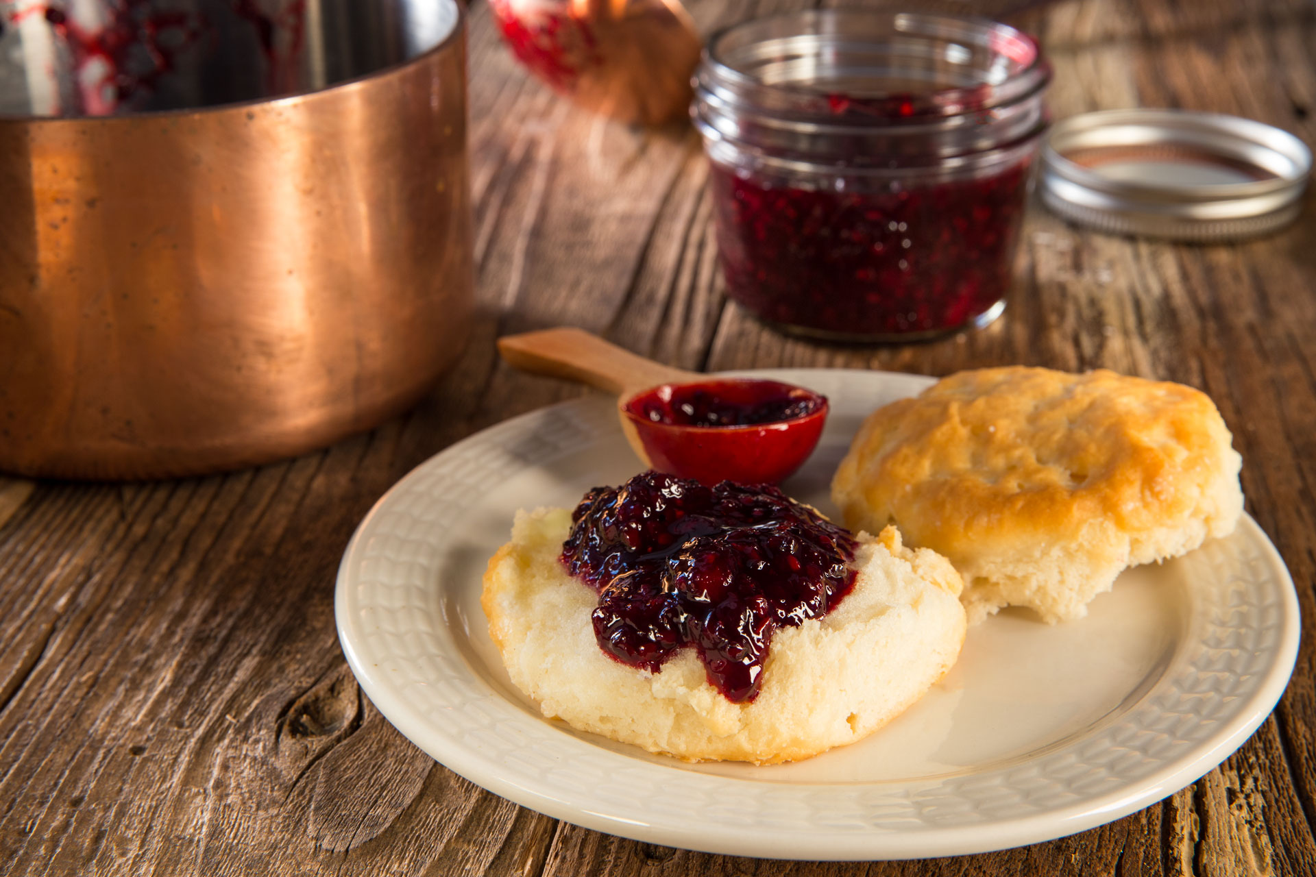 Take advantage of seasonal blackberries with this easy to prepare refrigerator jam! We added aromatic roasted cinnamon and a pinch of fresh-ground black pepper to our jam, but it is just as delicious made simply with sweet ripe berries and sugar.