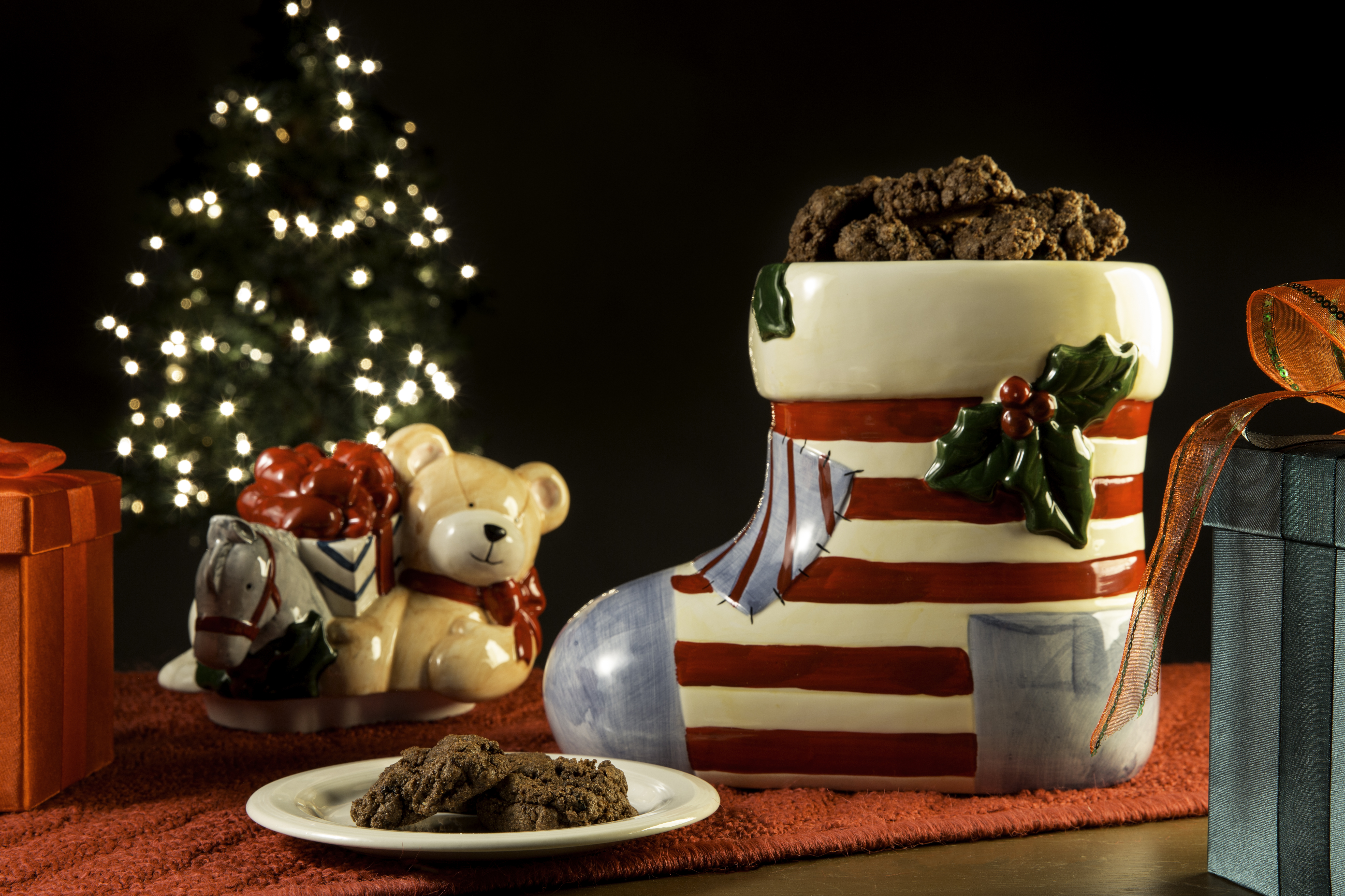 What's going to be in your stocking? If it's like our fun Christmas stocking cookie jar, it just might be coal! However, that doesn't necessarily mean you've been bad this year—it just means you get to eat a delicious lump of chocolate that you can customize to your own tastes. Warning: this recipe will make your house smell like Christmas!
