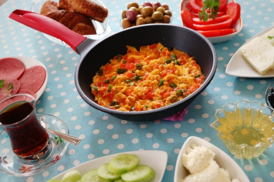 Flavor-wise, on its own, Menemen is like a Shakshouka or a French Piperade or an Indian Bhurji or some can even argue that it's similar to Huevos Rancheros, but Menemen is the engine of brunch in Turkey.