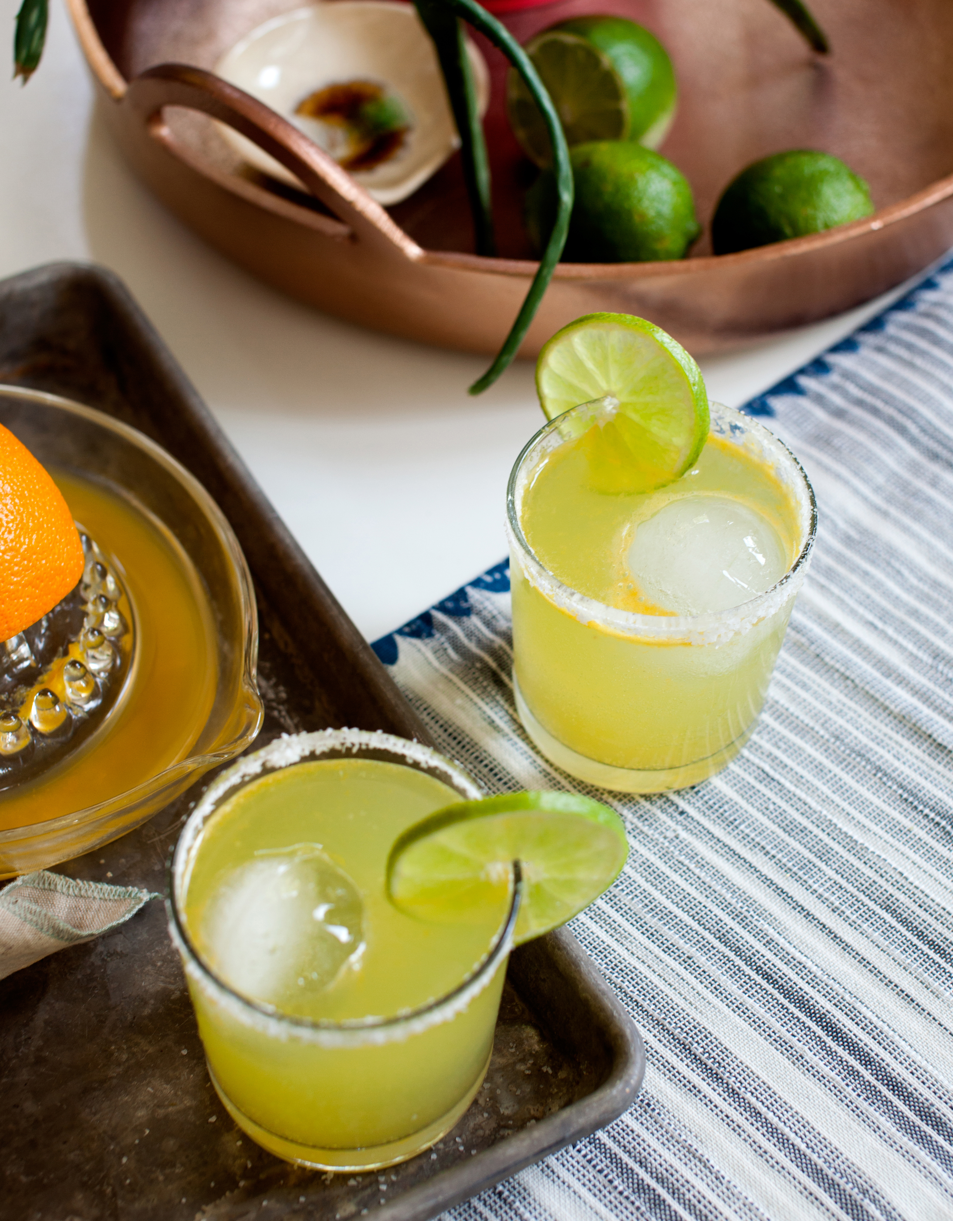 This Slim and Sparkling Margarita is the perfect beverage for your Cinco de Mayo celebration.