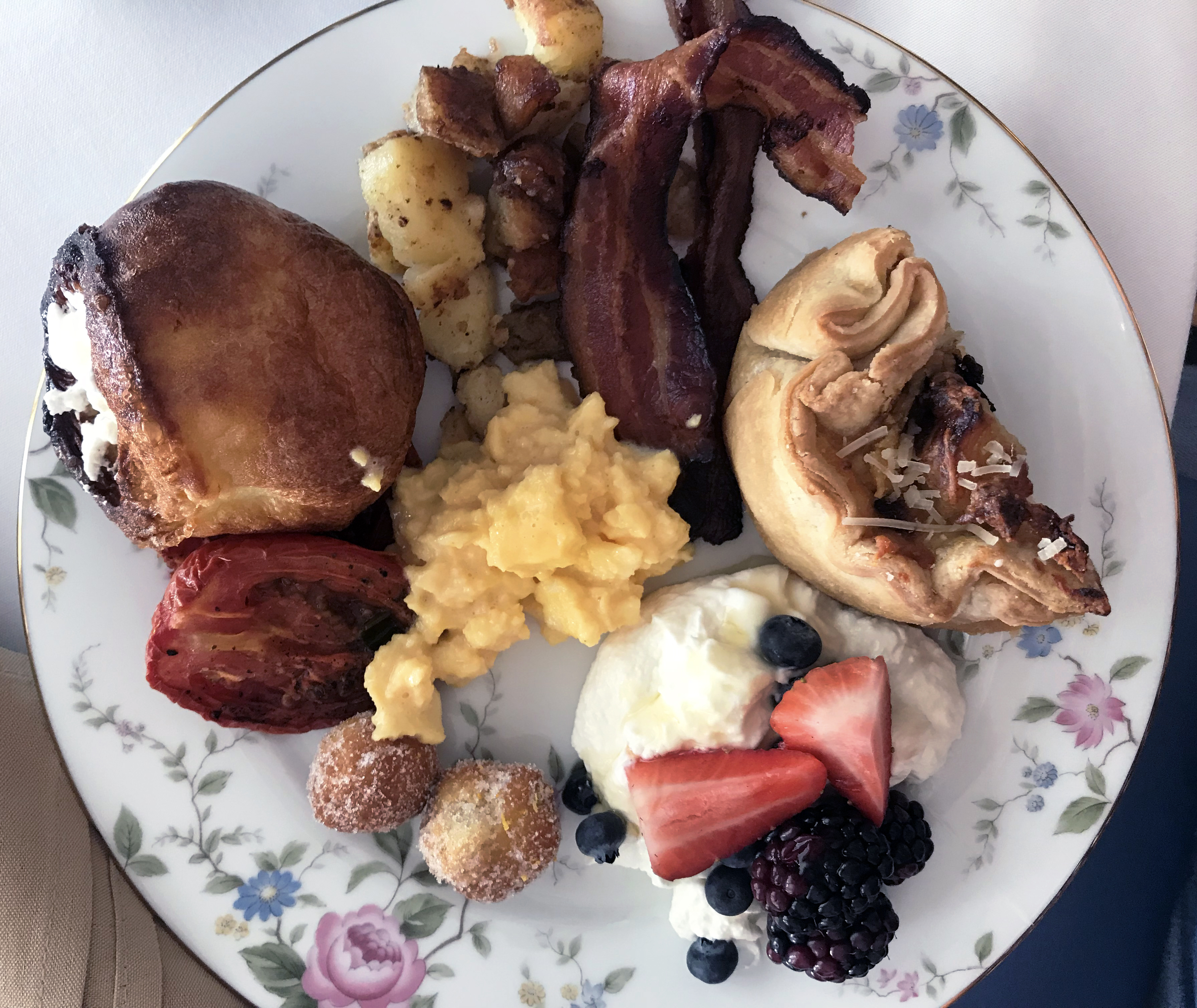 I was lucky enough to be treated, courtesy of Cornman Farm's, to its 'wedding brunch buffet,' which would typically be served when an event is hosted. There were roasted tomatoes, traditional Yorkshire pudding, savory homity pies, and the traditional fresh fruit and yogurt, bacon, fried potatoes, and eggs.