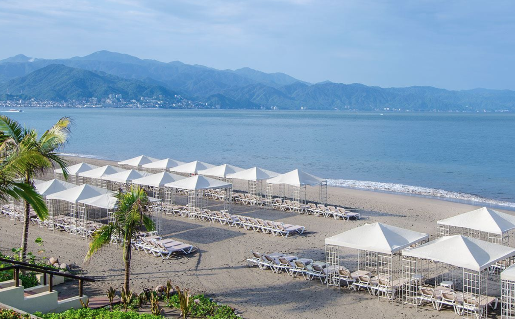 If you've ever visited Puerto Vallarta, you know its beaches and spectacular views. It can be equally relaxing and adventurous, based on your vacation desires.