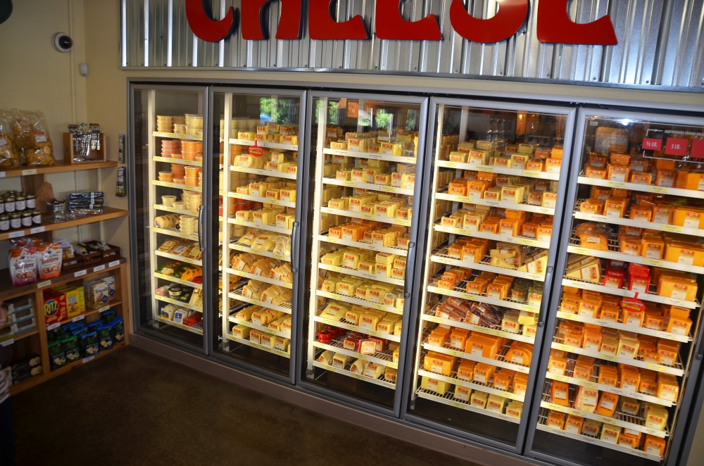 """Renard's offers a """"legacy blend"""" of gouda and cheddar, and a """"heritage blend"""" of old world cheddar and parmesan, but they offer a wide variety of cheeses. That includes cheddars, colby, mozzarella, and more than 50 flavor-infused specialty cheeses."""