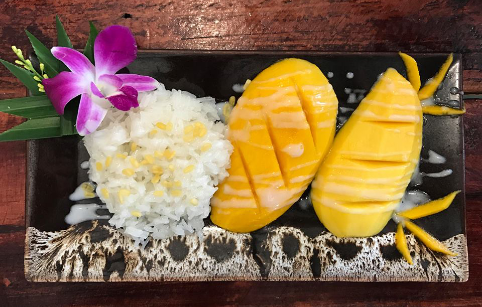 There are no words to describe the playful mix between the sweet mango and the sticky rice, combined with the crunchy toasted seeds and creamy coconut milk. It's a burst of flavors and textures that will just leave you wanting more.