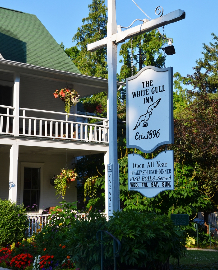 This is the longest continuously operating inn in the county, run by two generations of Coulsons. Meredith Coulson-Kanter and her husband Chris are currently in charge and take every detail into consideration when preparing for their guests.
