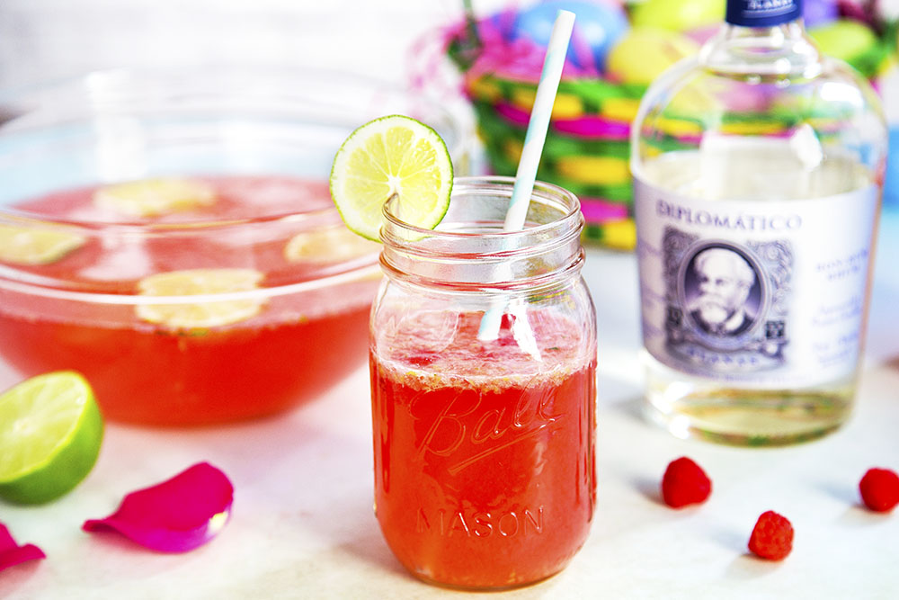 If you're looking for some cool Easter-themed libations for your holiday celebrations, The Food Channel has you covered. This Fresh Pick Planas Punch is made with Diplomático Planas Rum.