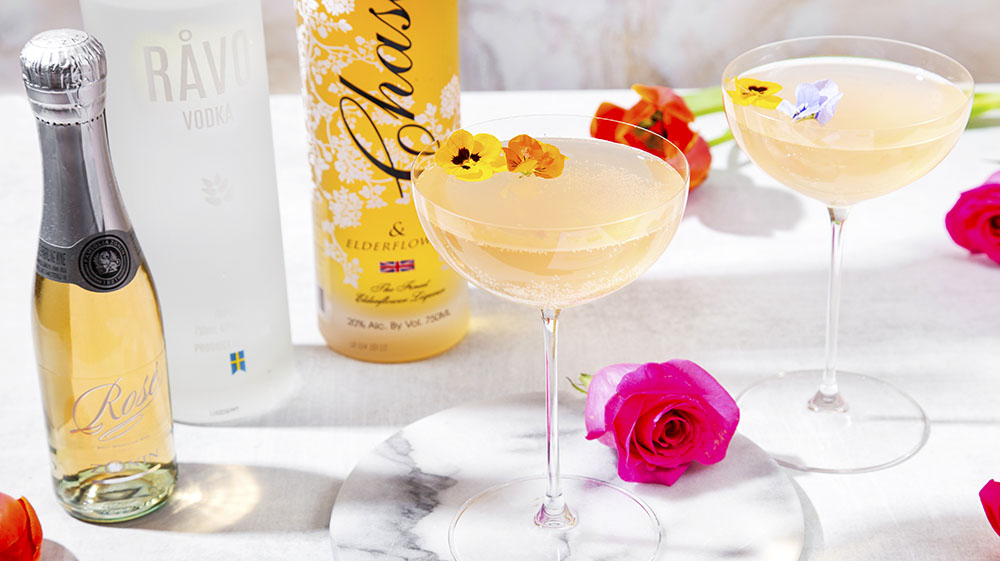 If you're looking for some cool Easter-themed libations for your holiday celebrations, The Food Channel has you covered. This Ravo Lavender Rose is made with Ravo Vodka.