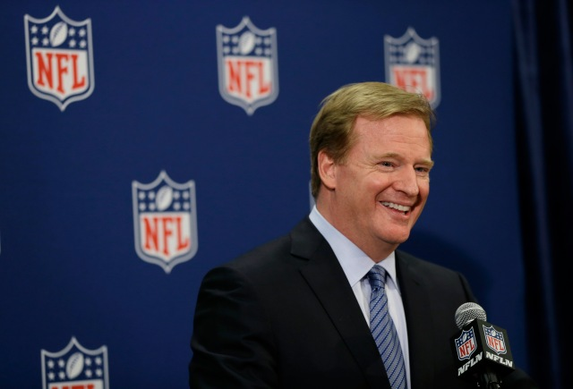 AP GOODELL SAFETY FOOTBALL S FILE FBN USA MA