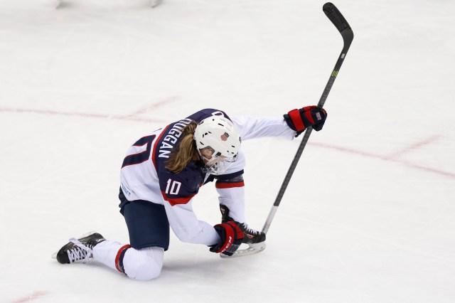 Meghan Duggan celebrates her goal. (Winslow Townson, USA TODAY Sports)