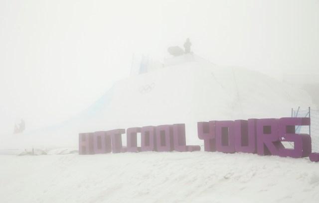 RSI OLYMPICS-SNOWBOARDING-FOG S OLY SNOW SPO WEA ENV RUS