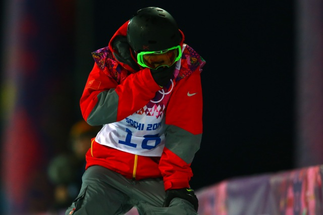 Wancheng Shi was able to get up and board down the course after the crash. (Guy Rhodes, USA TODAY Sports.)