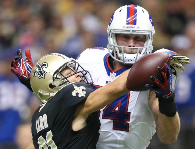 Tight end Scott Chandler was a reliable target, but the Bills' lack explosive targets in the passing game. (Credit: Crystal LoGiudice - USA TODAY Sports)