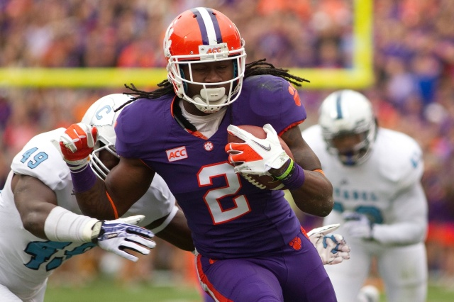 Clemson Tigers wide receiver Sammy Watkins carries the ball  against the Citadel Bulldogs at Clemson Memorial Stadium. (Joshua S. Kelly - USA TODAY Sports)