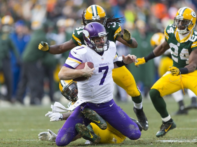 Christian Ponder proved he wasn't the answer at quarterback for the Minnesota Vikings. (Jeff Hanisch - USA TODAY Sports)