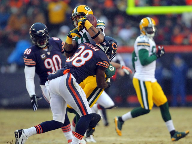Chicago Bears cornerback Zack Bowman makes a tackle. (Dennis Wierzbicki-USA TODAY Sports)