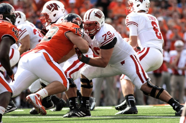 Oregon State Beavers defensive tackle Joe Lopez is blocked by Wisconsin Badgers offensive lineman Ryan Groy at Reser Stadium. (Jaime Valdez - USA TODAY Sports)