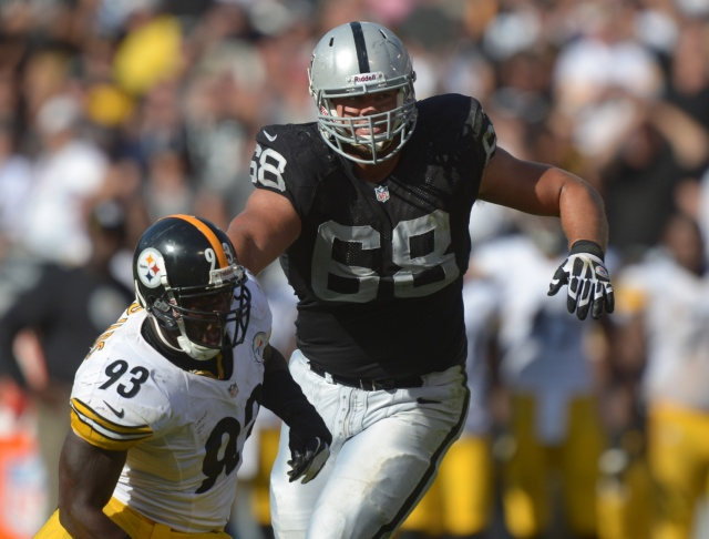 Jared Veldheer is one of three left tackles set to cash in at the start free agency. (Kirby Lee/Image of Sport - USA TODAY Sports)