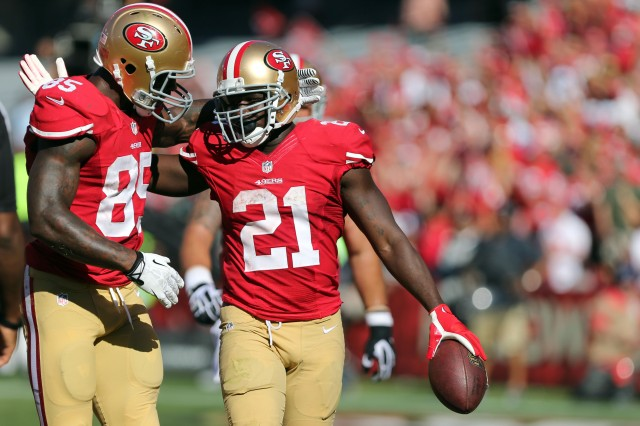 If Kaepernick gets paid, there might not be enough to pay Vernon Davis and Frank Gore. Kelley L Cox-USA TODAY Sports.