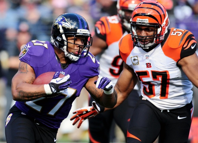 Cincinnati Bengals linebacker chases after Baltimore Ravens running back Ray Rice at M&T Bank Stadium. (Evan Habeeb - USA TODAY Sports)