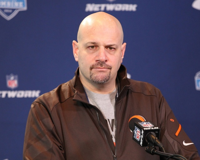 Cleveland Browns head coach Mike Pettine speaks at the NFL Combine at Lucas Oil Stadium. (Pat Lovell - USA TODAY Sports)