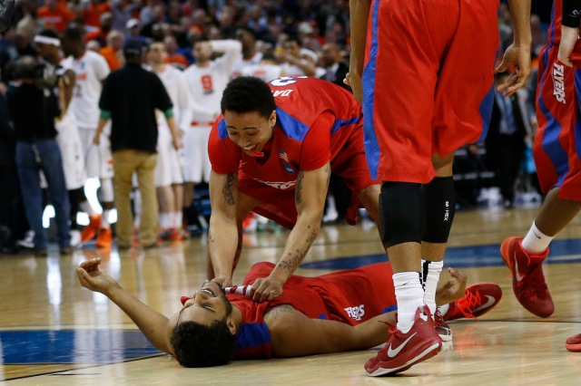 Dayton Flyers guard Kyle Davis (3) celebrates with Dayton Flyers forward Devin Oliver. (Kevin Hoffman-USA TODAY Sports)
