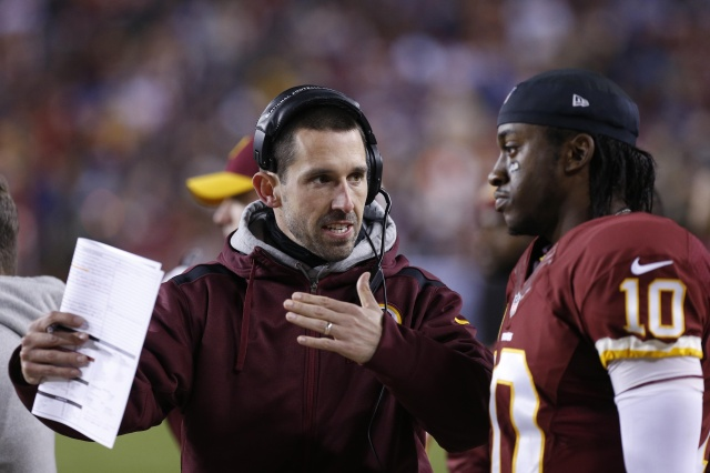 Despite a rocky ending, Kyle Shanahan built his offense around the unique talents of Robert Griffin III. (Geoff Burke - USA TODAY Sports)