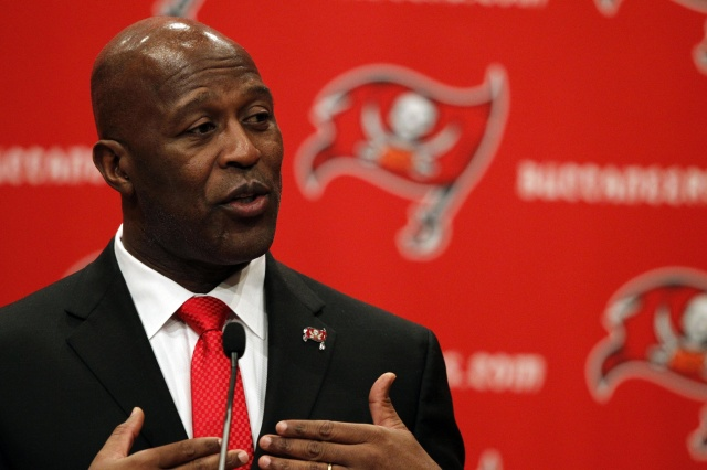 Lovie Smtih plans to take a new direction as the new head coach of the Tampa Bay Buccaneers. (Kim Klement - USA TODAY Sports)