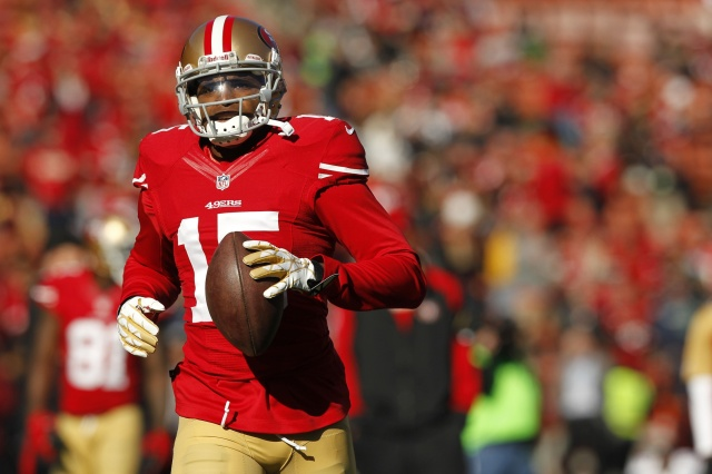 San Francisco 49ers wide receiver Michael Crabtree warms up before the start of the game against the Seattle Seahawks at Candlestick Park. (Cary Edmondson - USA TODAY Sports)