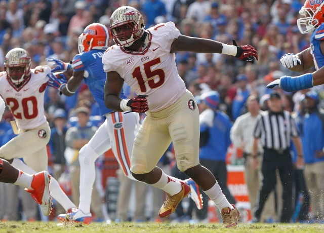 Florida State Seminoles defensive end Mario Edwards Jr. rushes against the Florida Gators during the second half at Ben Hill Griffin Stadium. (Kim Klement - USA TODAY Sports)