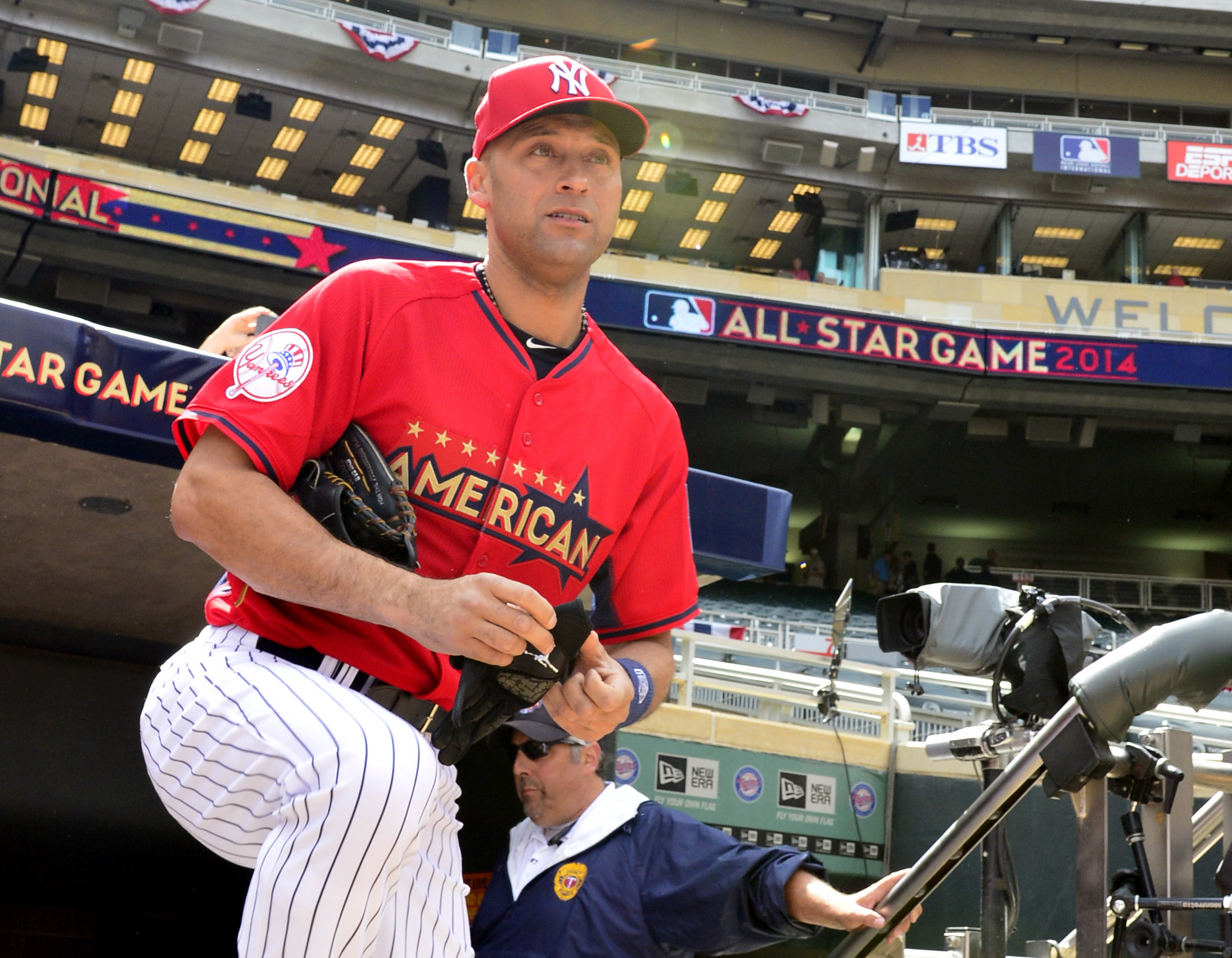 Derek Jeter will bat leadoff for the AL in his 15th All-Star Game. (Scott Rovak, USA TODAY Sports)