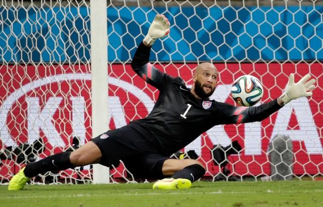 Tim Howard makes a save. (AP Photo/Felipe Dana)