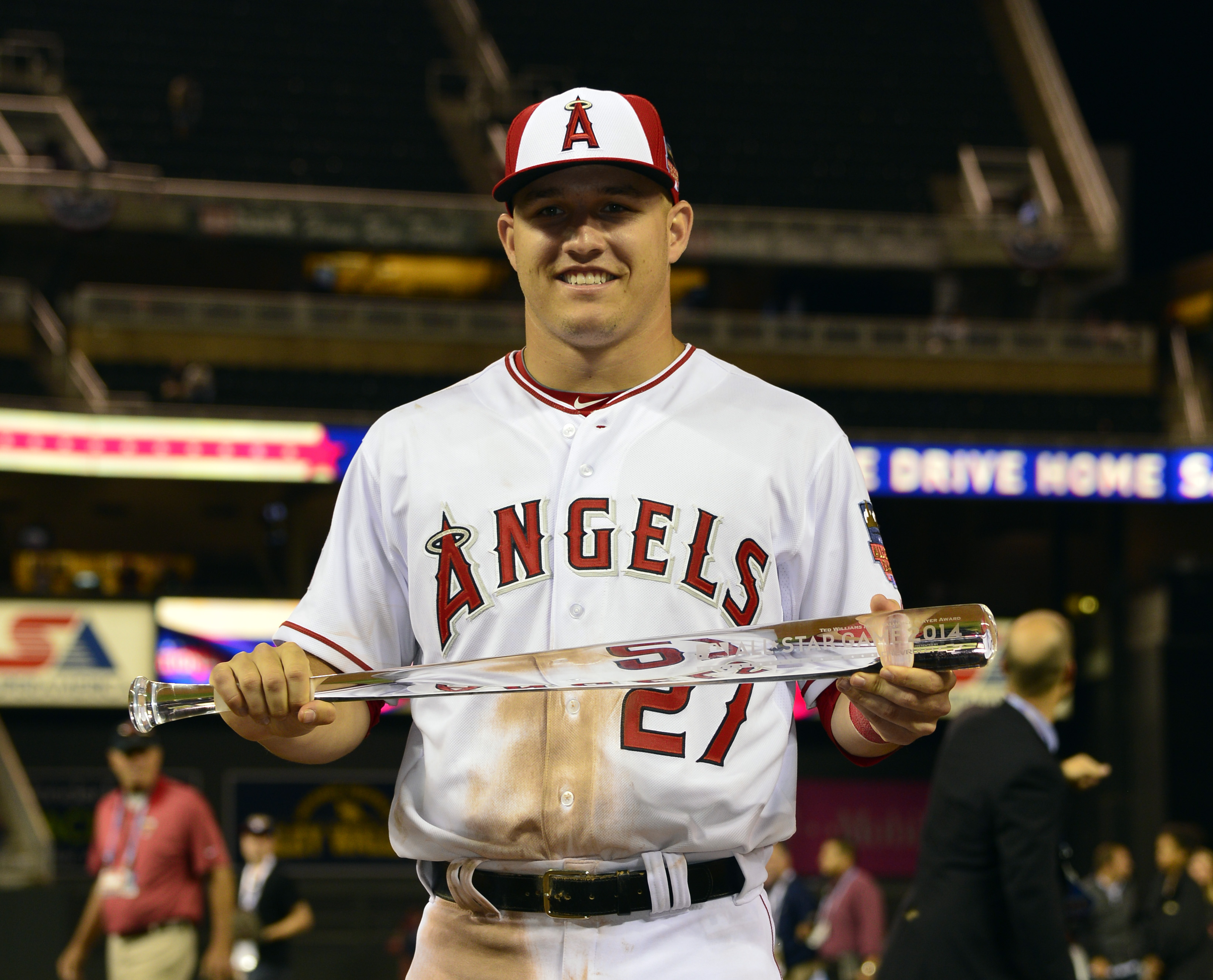 Mike Trout of the Los Angeles Angels poses with the All-Star Game MVP trophy. (Scott Rovak, USA TODAY Sports)