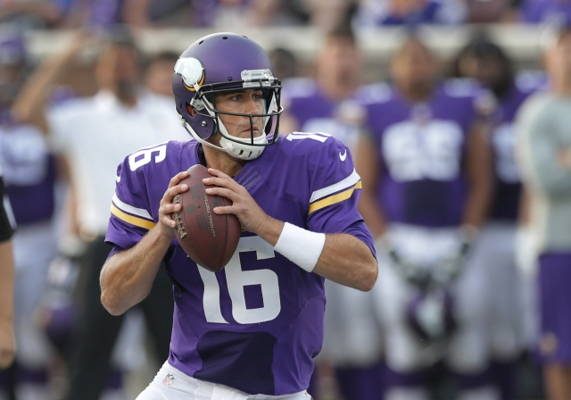 Matt Cassel has the Vikings' starting QB job in his sights. (Jim Mone, AP)
