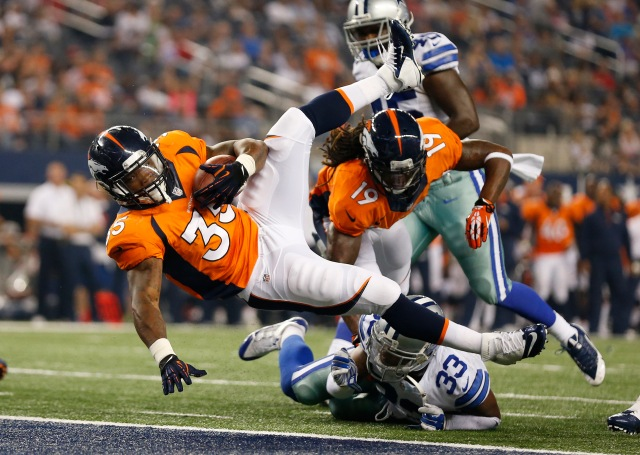 Running back Kapri Bibbs (35) scores a touchdown in the third quarter against the Dallas Cowboys. (Matthew Emmons-USA TODAY Sports)