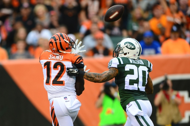 Bengals WR Mohamed Sanu glides by Jets CB Kyle Wilson for a TD. (Andrew Weber-USA TODAY Sports)