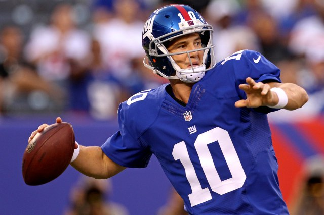 Eli Manning and the Giants receivers haven't clicked yet. (Adam Hunger, USA TODAY Sports)