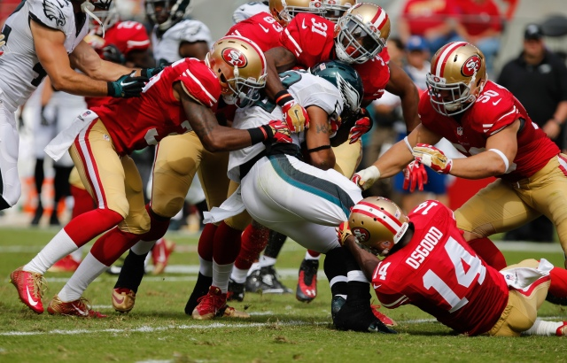 The 49ers swarmed the Eagles' high-energy offense. (Kelley L. Cox, USA TODAY Sports)