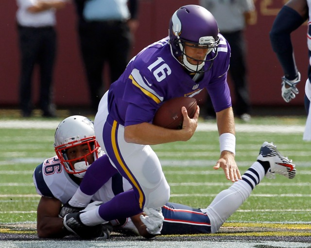Vikings QB Matt Cassel struggled against his former team Sunday. (Ann Heisenfelt/AP)