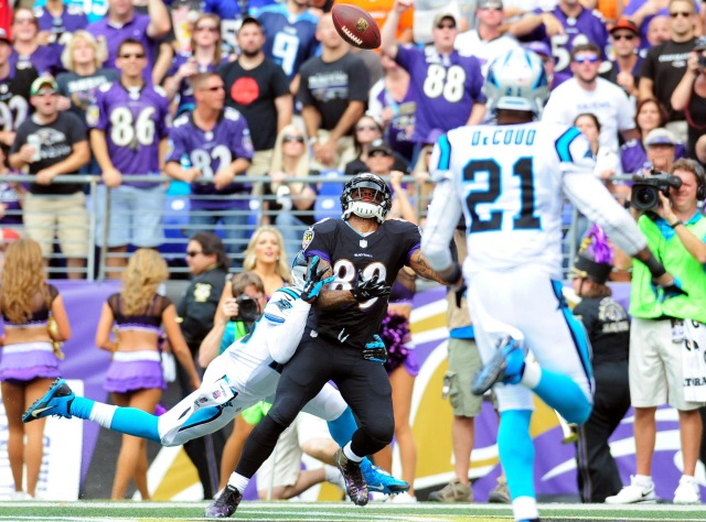 Ravens WR Steve Smith catches one of his two touchdowns against his former team. (Mitch Stringer, USA TODAY Sports)