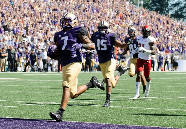 Shaq Thompson might be the most exciting prospect on Washington's defense.  (Steven Bisig, USA TODAY Sports)