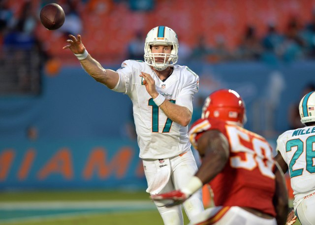 Miami Dolphins quarterback Ryan Tannehill (17) throws the ball over Kansas City Chiefs outside linebacker Justin Houston. (Steve Mitchell-USA TODAY Sports)