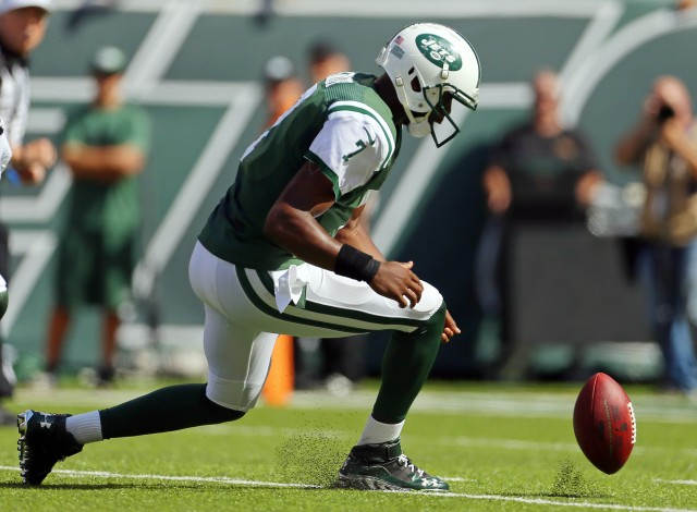 Things have not gone well this year for Geno Smith. (Adam Hunger, USA TODAY Sports)