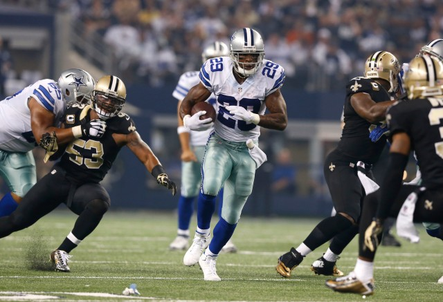 The Saints have been getting pushed around against both the run and pass. (Matthew Emmons, USA TODAY Sports)