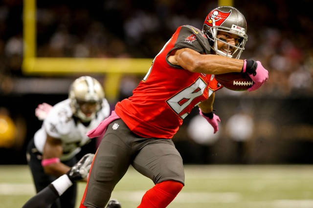 Vincent Jackson could give a boost to any contender's offense. (Derick E. Hingle, USA TODAY Sports)